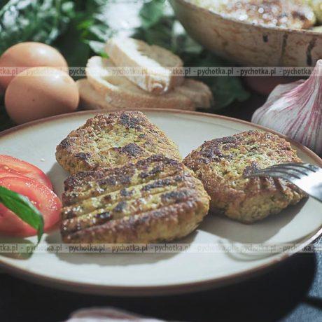 Kotlety mielone z ziołami szynką