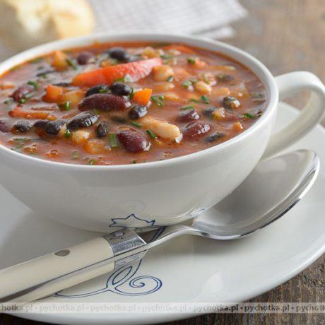 Zupa fasolowa na wołowinie