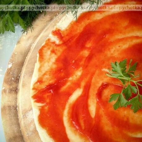 Spód pizzy z maślanką i masłem