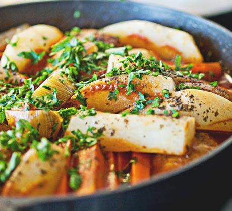 Tagin z kurczaka z oliwkami i kiszoną cytryną - kuchnia marokańska