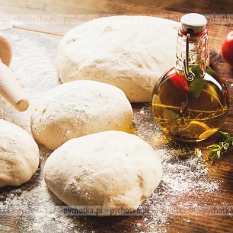 Pizza z aromatycznym rozmarynem