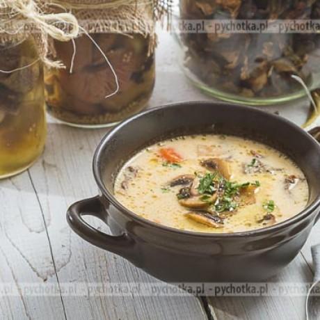 Zupa z suszonych grzybów Oli