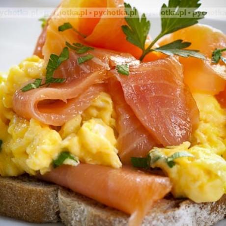 Jajecznica z łososiem Basi