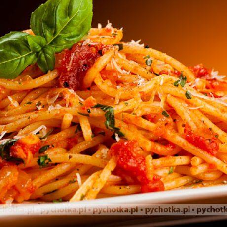 Spaghetti z sosem pomidorowym Ady