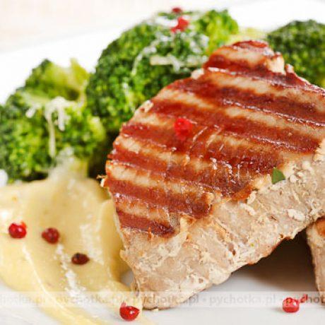 Grillowany stek z tuńczyka Kacpra